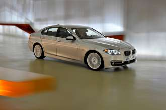 The new BMW 5 Series Sedan (Luxury Line) (05/2013)