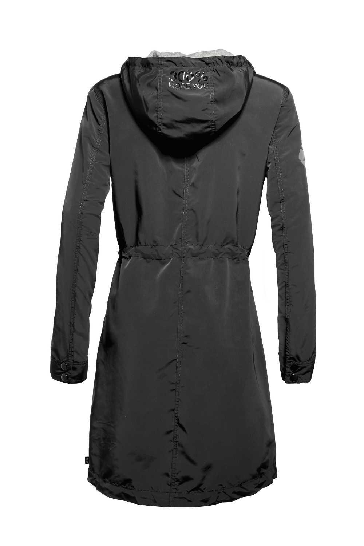 327d23ed4 V britskom štýle: MINI predstavuje módu do daždivého a veterného počasia.  Štýlové oblečenie na chladné dni v podaní novej kolekcie Lifestyle.
