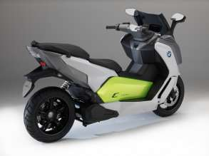 The new BMW C evolution. (09/2013)