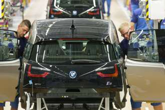 BMW i3 Production Plant Leipzig: Assembly (09/13)