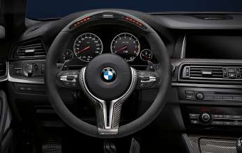 BMW M5 Saloon/Sedan, BMW M Performance, BMW M Performance steering wheel Alcantara II with carbon fiber cover and race display, BMW M Performance carbon fiber interior trim. (10/2013)