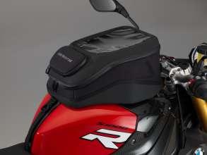 BMW S 1000 R withTank bag (11/2013)