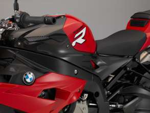 BMW S 1000 R with HP Carbon airbox cover. (11/2013)
