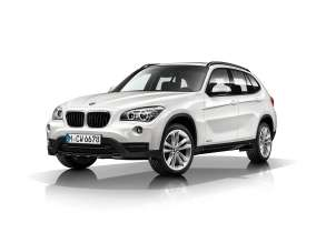 BMW X1- xDrive28i - Mineral White metallic - Light-alloy wheels double spoke 421 - Sport Line.(12/2013)