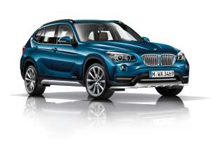 BMW X1- xDrive28i - Midnight Blue metallic - Light-alloy wheels V-spoke 324 - xLine.(12/2013)