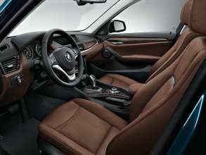 BMW X1- xDrive28i - Interior, Nevada leather Terra with Grey-Petrol piping - Interior trim, Fineline Bay matt wood - xLine.(12/2013)