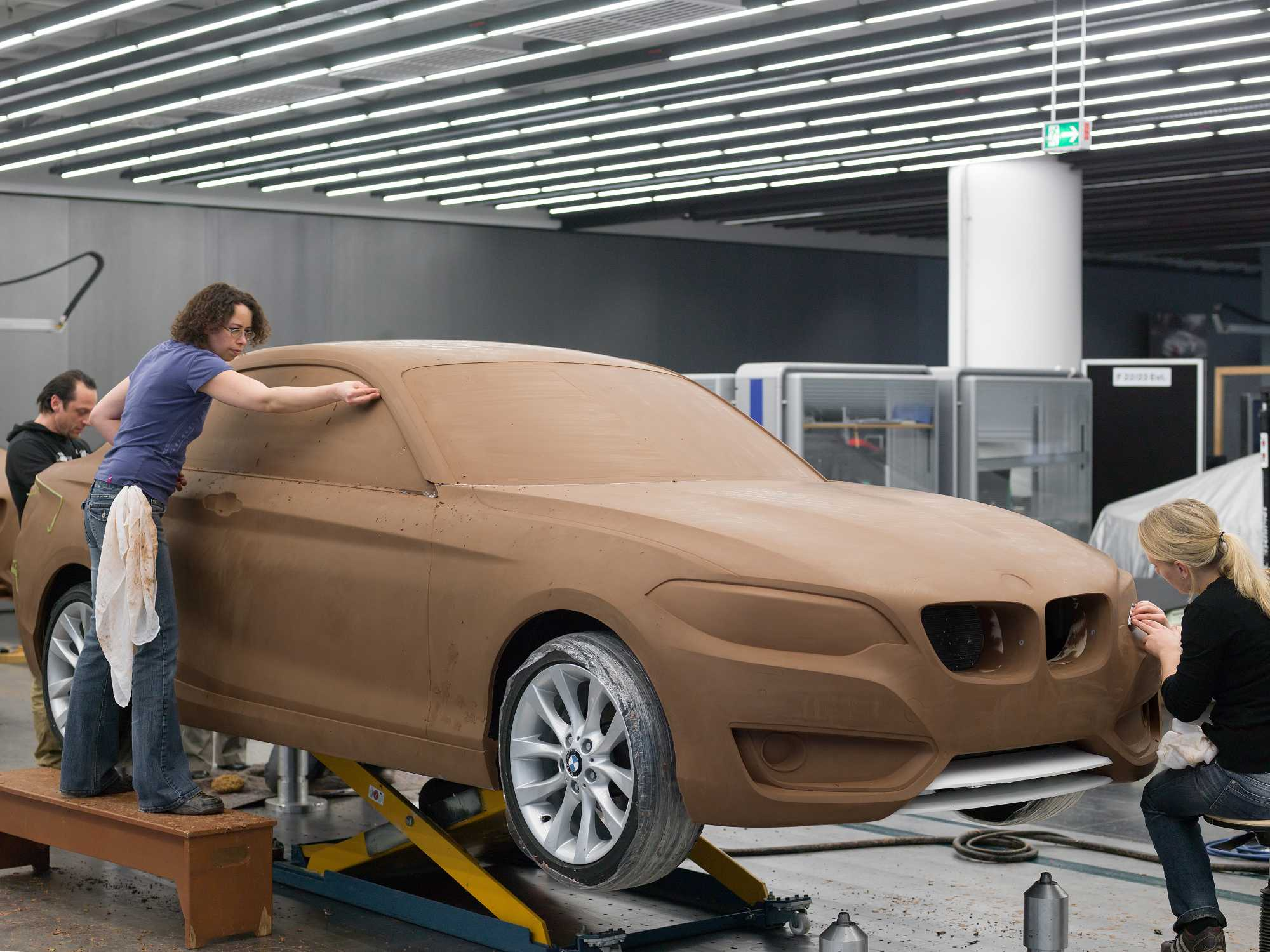 BMW 2 Series Coupe Design process, Clay modelling (10/2013)