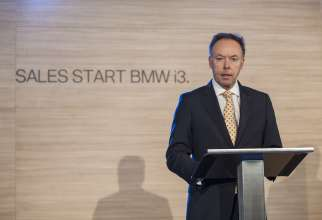Dr. Ian Robertson, Member of the Board of Management of BMW AG, Sales and Marketing BMW, announces the sales start of the BMW i3.  (11/2013)