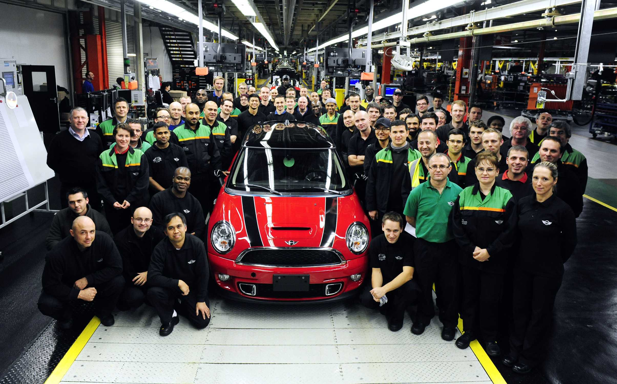 Celebrations At Mini Plant Oxford Last Of The Current Generation