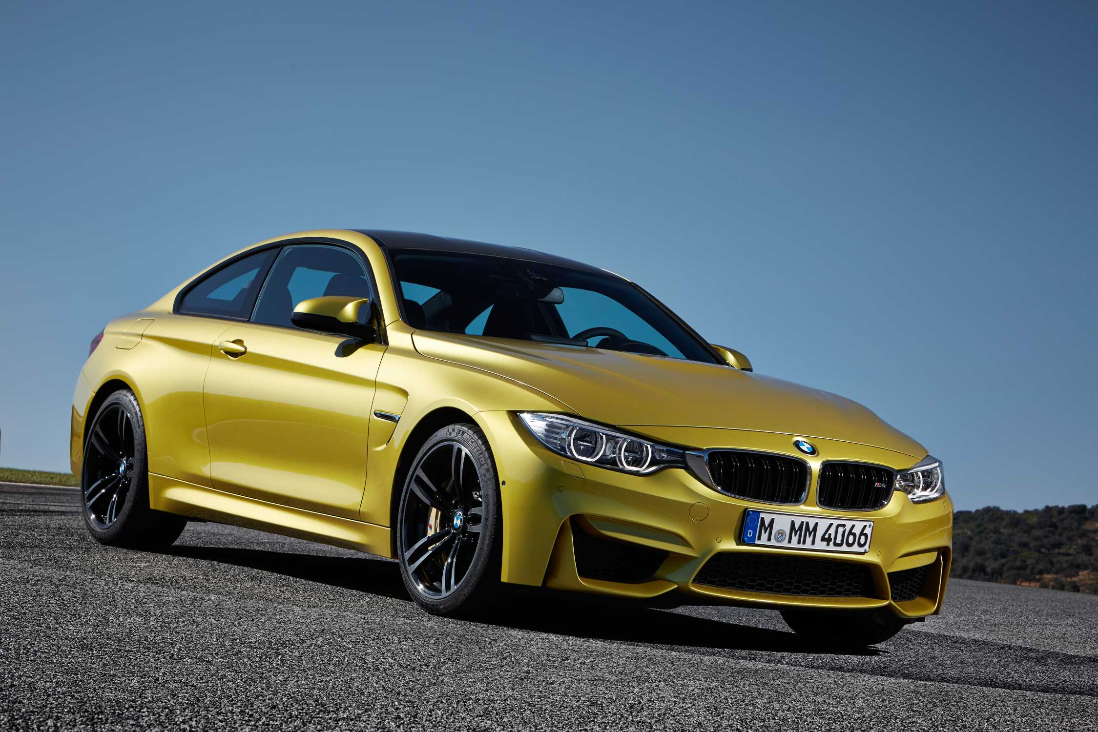 The All New Bmw M4 Coupé Austin Yellow Metallic 19 M Light Alloy Wheels Double Spoke Style 437 M Jet Black Forged And Polished M Carbon Ceramic Brake Bmw Ag 12 2013