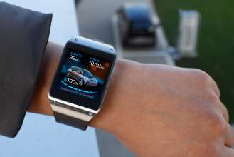 BMW i Remote App für Samsung Galaxy Gear - Battery status (01/2014)