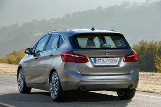The BMW 2 Series Active Tourer (02/2014)