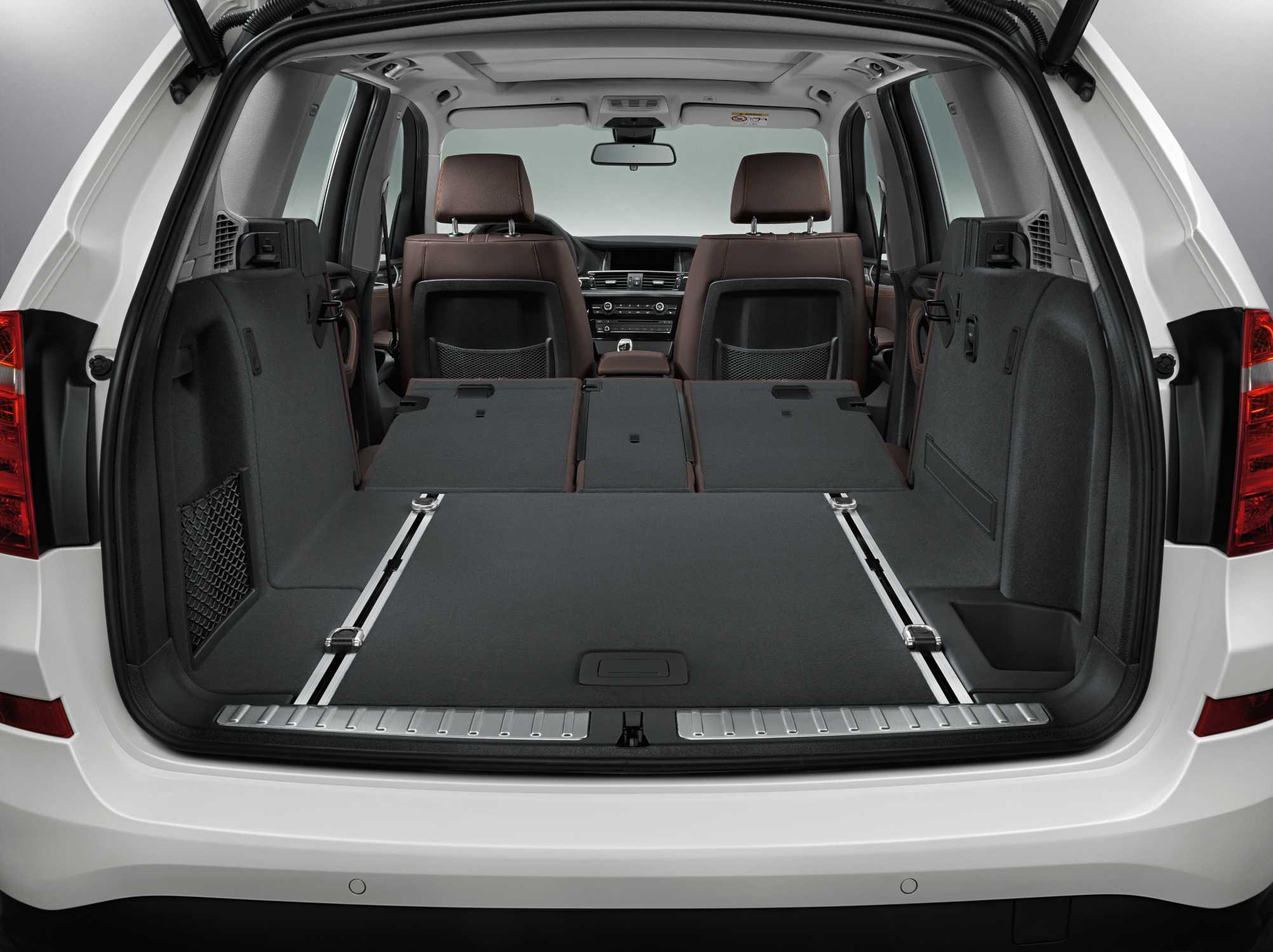 the new bmw x3 mineral white metallic interior nevada leather mocha interior trim. Black Bedroom Furniture Sets. Home Design Ideas