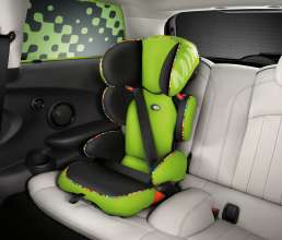 Junior Seat 2/3 Vivid Green and Sun Protection Vivid Green. (03/2014)