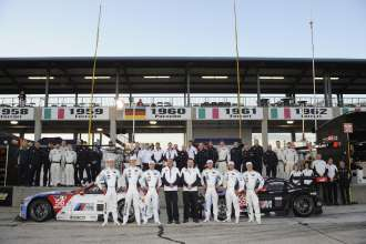 12.03.2014 to 15.03.2014, Tudor United Sportscar Championship 2014, Mobil 1 Twelve Hours of Sebring fueled by Fresh from Florida, Sebring International Speedway, Sebring, FL (USA). Team Photo. Front row (left to right) Dirk Werner (DEU), John Edwards (USA), Dirk Müller (DEU) (Drivers No 56, BMW Team RLL, BMW Z4 GTE), Gordon McDonnell (USA) (BMW NA Motorsport), Bobby Rahal (USA) (Team Manager, BMW Team RLL), Joey Hand (USA), Bill Auberlen (USA), Andy Priaulx (GBR) (Drivers No 55, BMW Team RLL, BMW Z4 GTE). This image is Copyright free for editorial use © BMW AG
