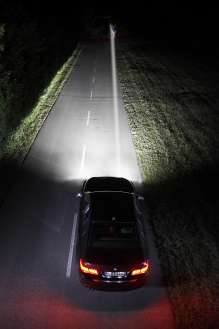 BMW Night Vision with Dynamic Light Spot and Animal Detection (04/2014)