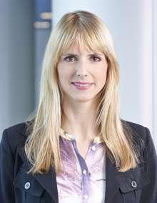 Piera Kaempf, BMW Group, Product Manager BMW i8 (04/2014)