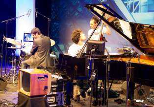 BMW Welt Jazz Award 2014: Zweitplatzierte Tin Men and the Telephone (Copyright: BMW AG)