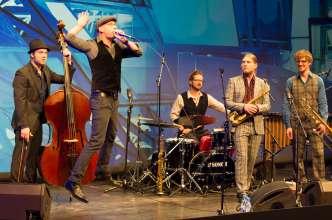 BMW Welt Jazz Award 2014: Gewinner Hildegard Lernt Fliegen (Copyright BMW AG)