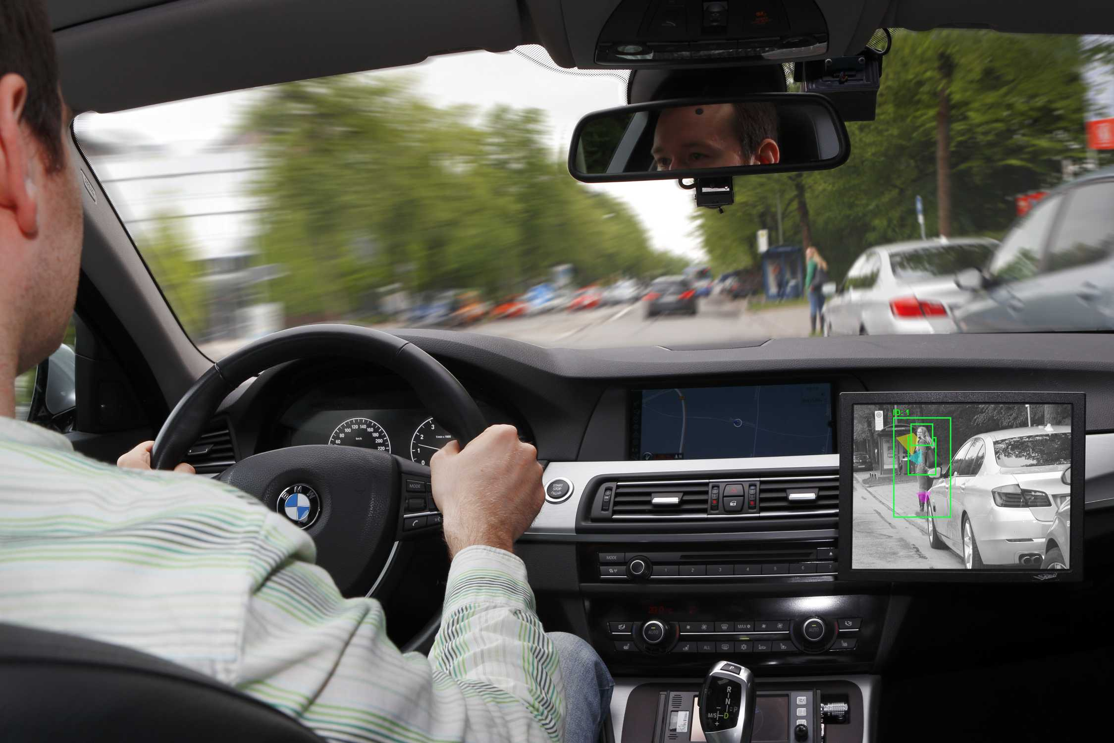 Ur Ban Research Initiative Specialists From The Bmw Group Are Developing Intelligent Driver Assistance And Traffic Management Systems For Enhanced Safety Comfort And Efficiency In Tomorrow S Cities