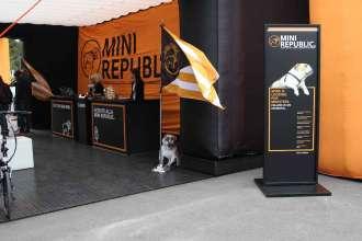 MINI REPUBLIC. (06/2014)