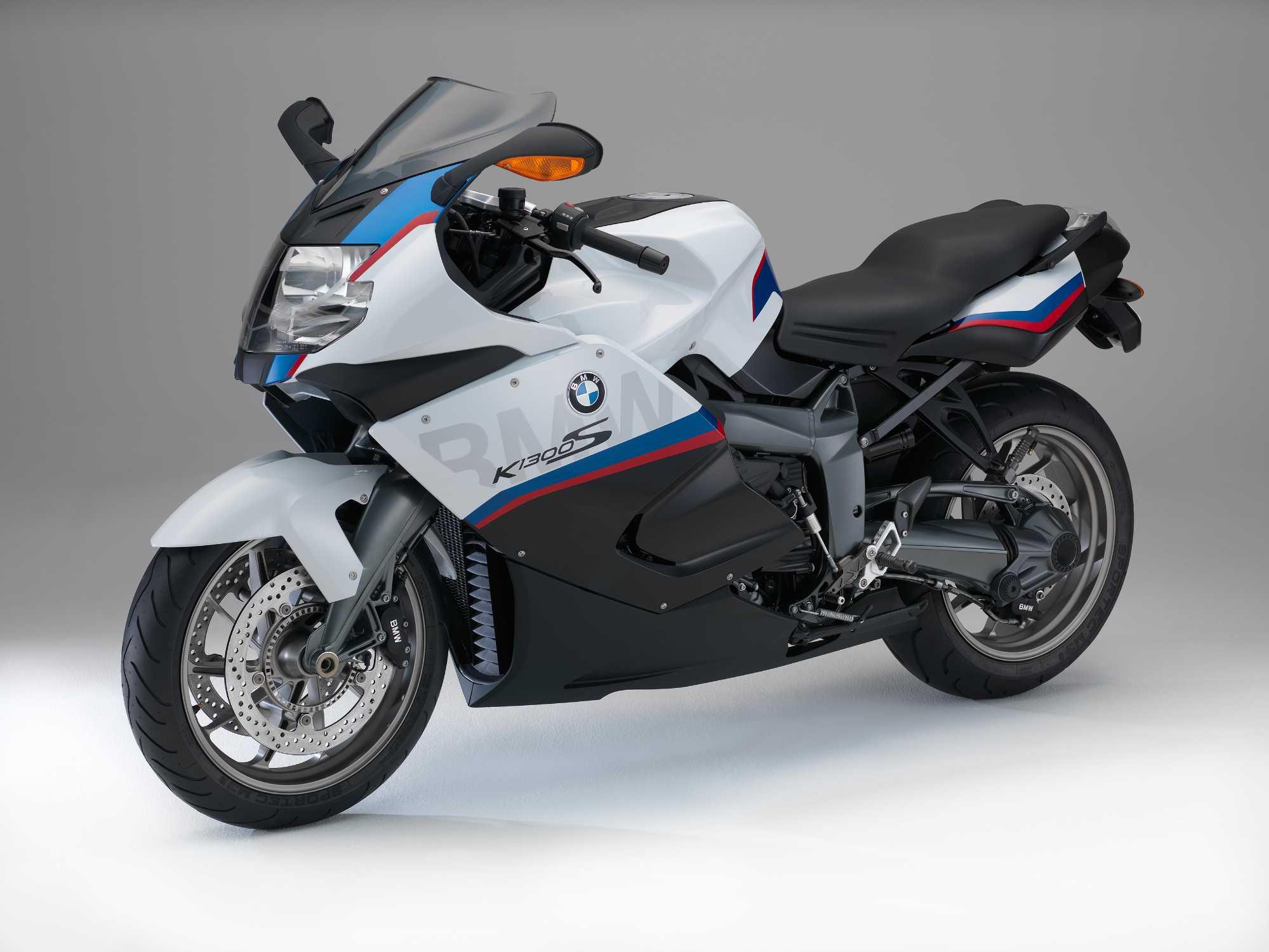 bmw motorrad modellpflegema nahmen f r das modelljahr 2015 sondermodell k 1300 s motorsport. Black Bedroom Furniture Sets. Home Design Ideas