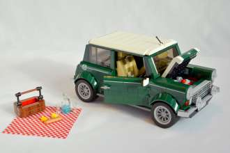 The classic Mini as a LEGO set. (07/2014)