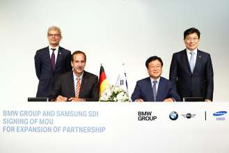 BMW Group and Samsung SDI expand partnership: Signing of a memorandum of understanding for delivery of further battery cells in Seoul/Korea on 14th July 2014.
