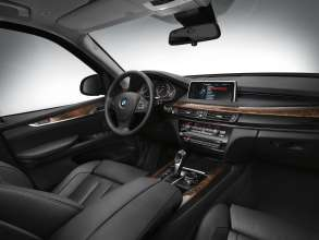 BMW X5 Security Plus interior (07/2014)