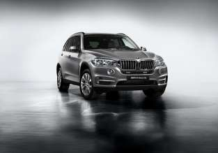 BMW X5 Security Plus exterior (07/2014)