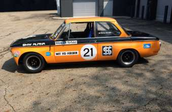 BMW ALPINA 2002ti Returns to the Track. (08/2014)