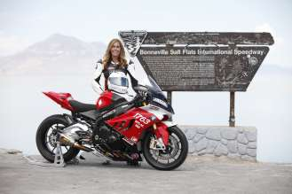 Valerie Thompson and her record-setting BMW S 1000 RR at the World of Speed event at Bonneville (Photo by Horst Rosler). (09/2014)
