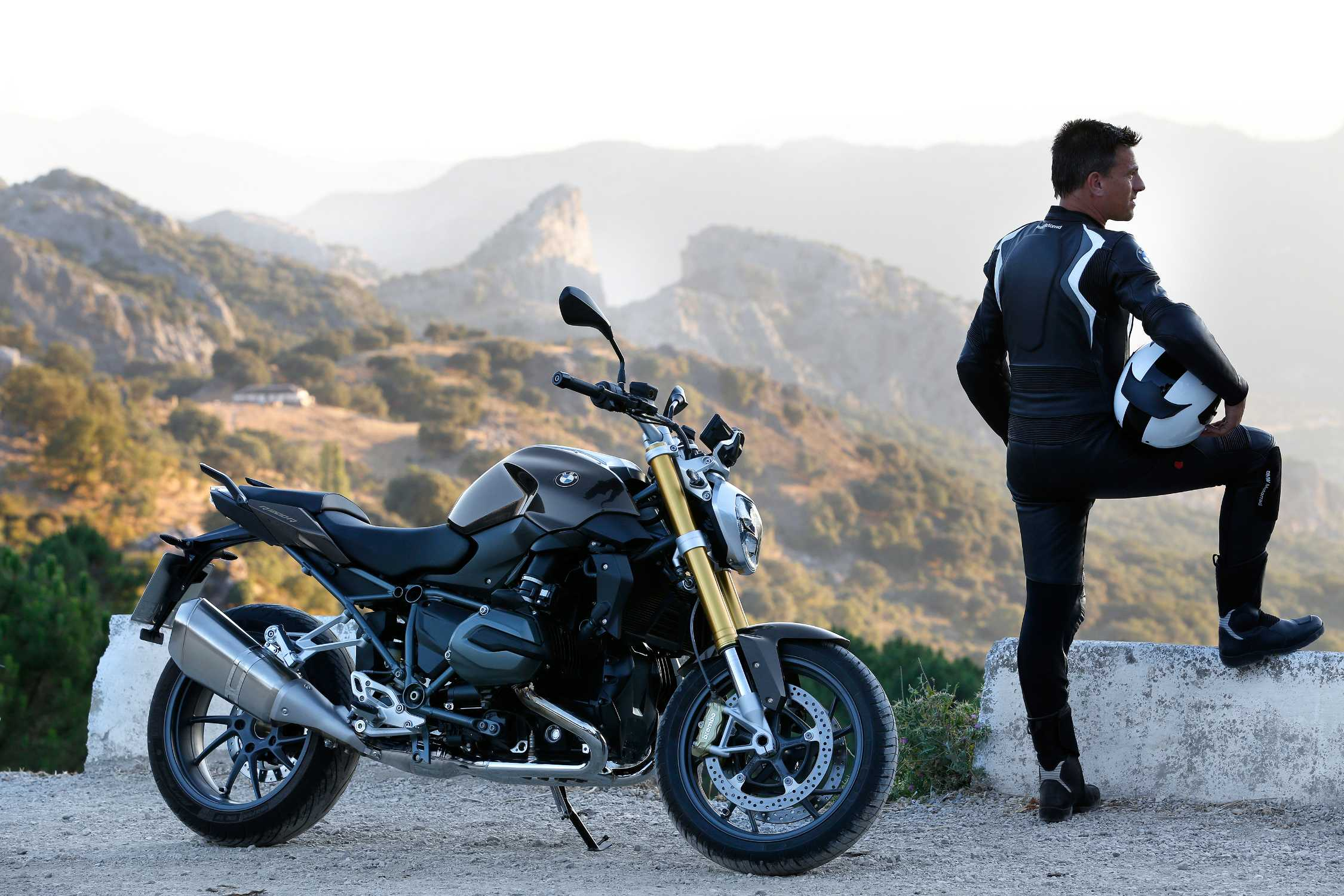 The New Bmw R 1200 R