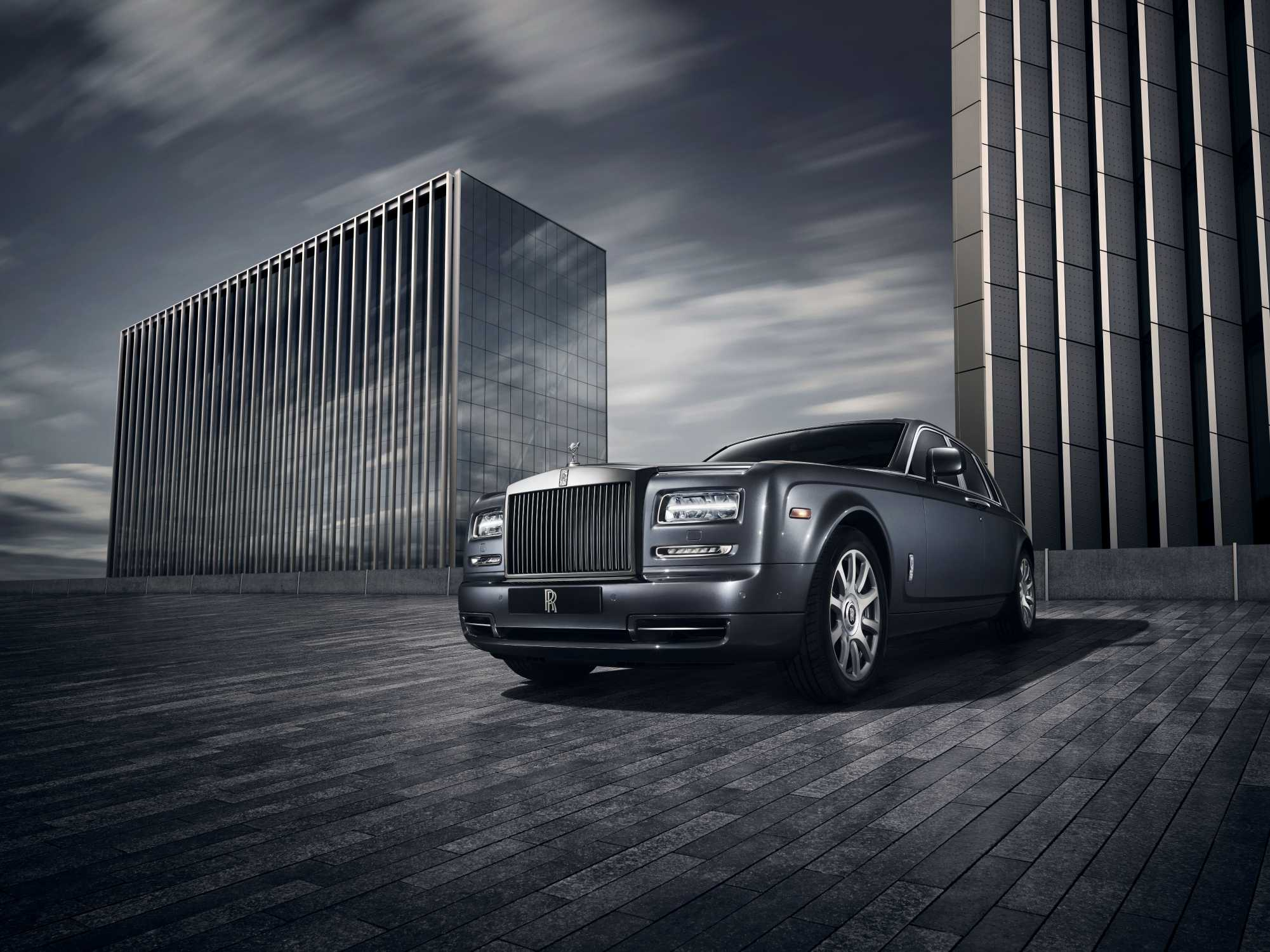 ROLLS ROYCE MOTOR CARS DEBUTS PHANTOM METROPOLITAN COLLECTION AT PARIS MONDIAL DE LAUTOMOBILE