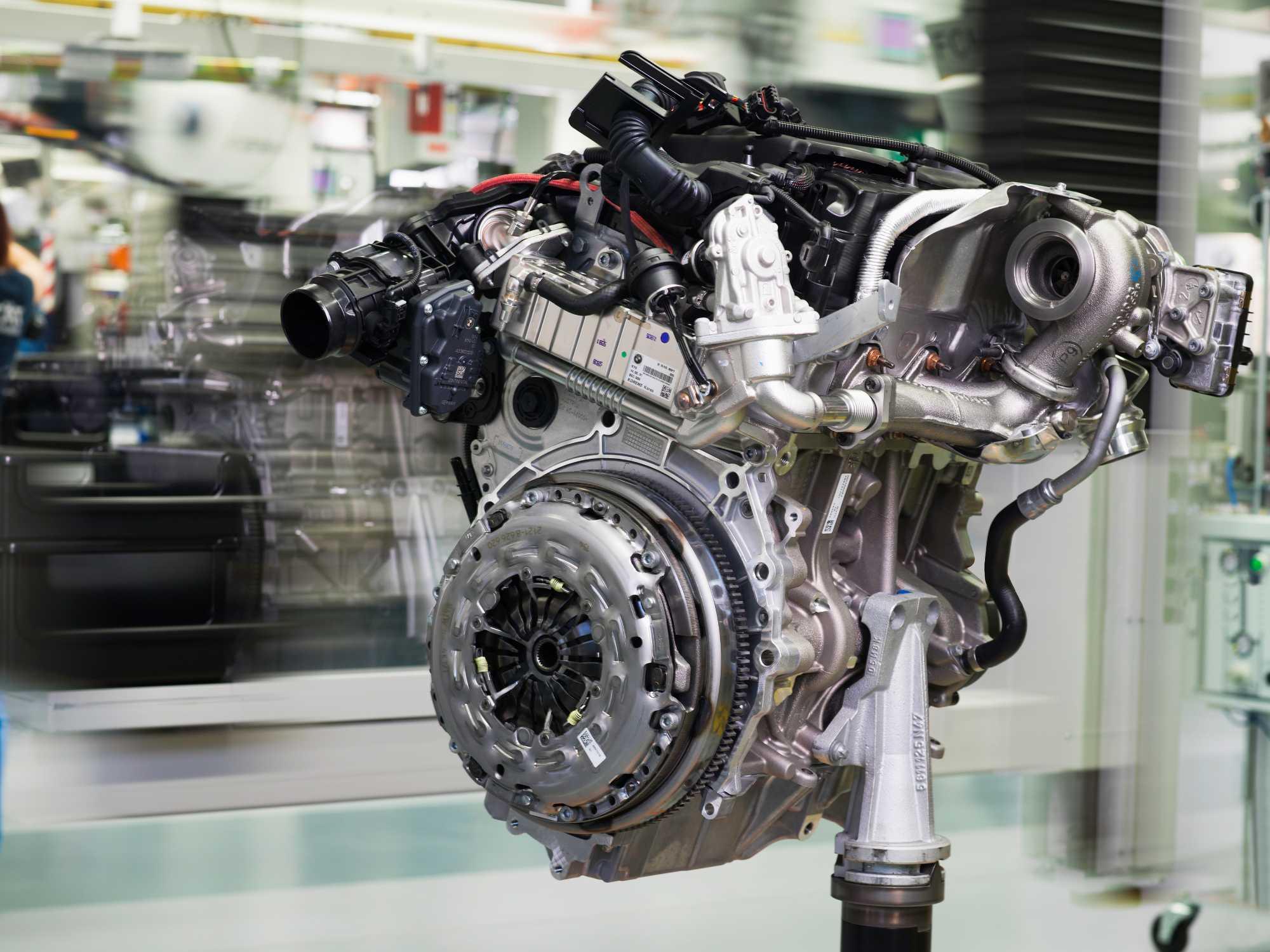 Neue BMW Baukastenmotoren-Generation und neue Montagelinie ...