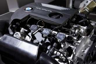 TwinPower Turbo 4-Zylinder Benzinmotor. (11/2014)