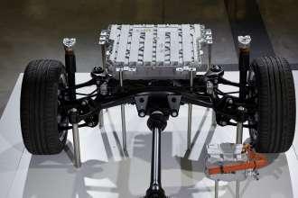 BMW 3 Series Plug-in hybrid prototype, drive train. (11/2014)