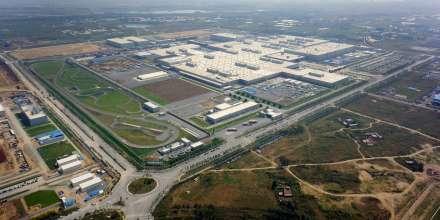 BMW Brilliance Automotive (BBA), Werk Tiexi/Shenyang, China - Luftaufnahme (12/2014)