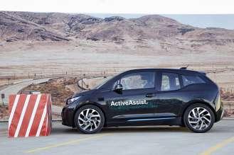 Vehicle automation, 360-degree collision avoidance (01/2015)