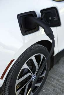 The BMW i3 charges quickly using DC Fast Chargers as part of the recently announced express charging corridors, a partnership between ChargePoint, BMW and Volkswagen. The initiative, designed to add up to 100 fast charging locations along the East and West Coasts, will help meet the large and growing demand for convenient, publicly available electric vehicle fast chargers and support the adoption of electric vehicles in the U.S. (01/2015) (Anders Krusberg/Newscast Creative)