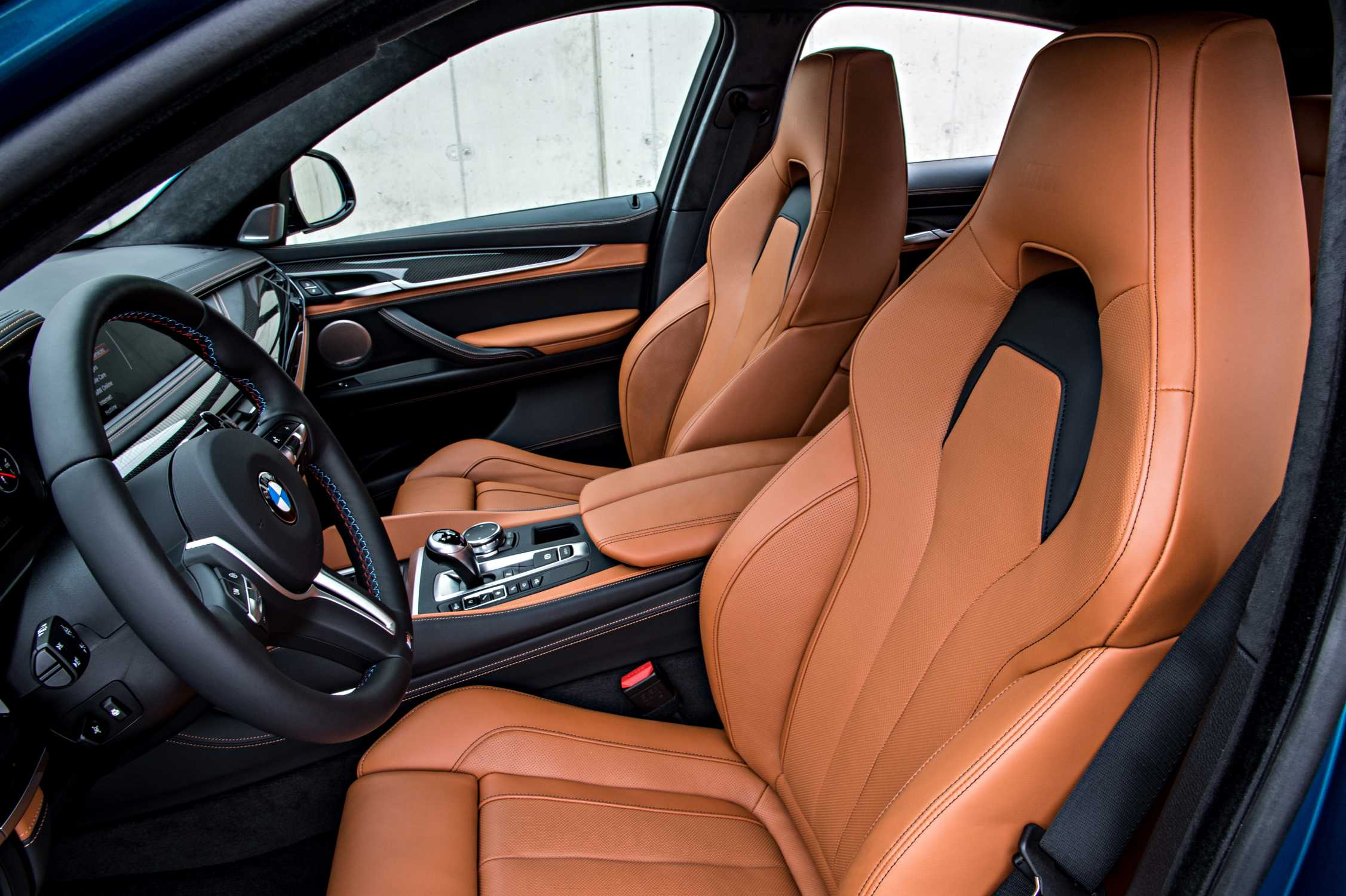 The New Bmw X6 M On Location Interior 01 2015