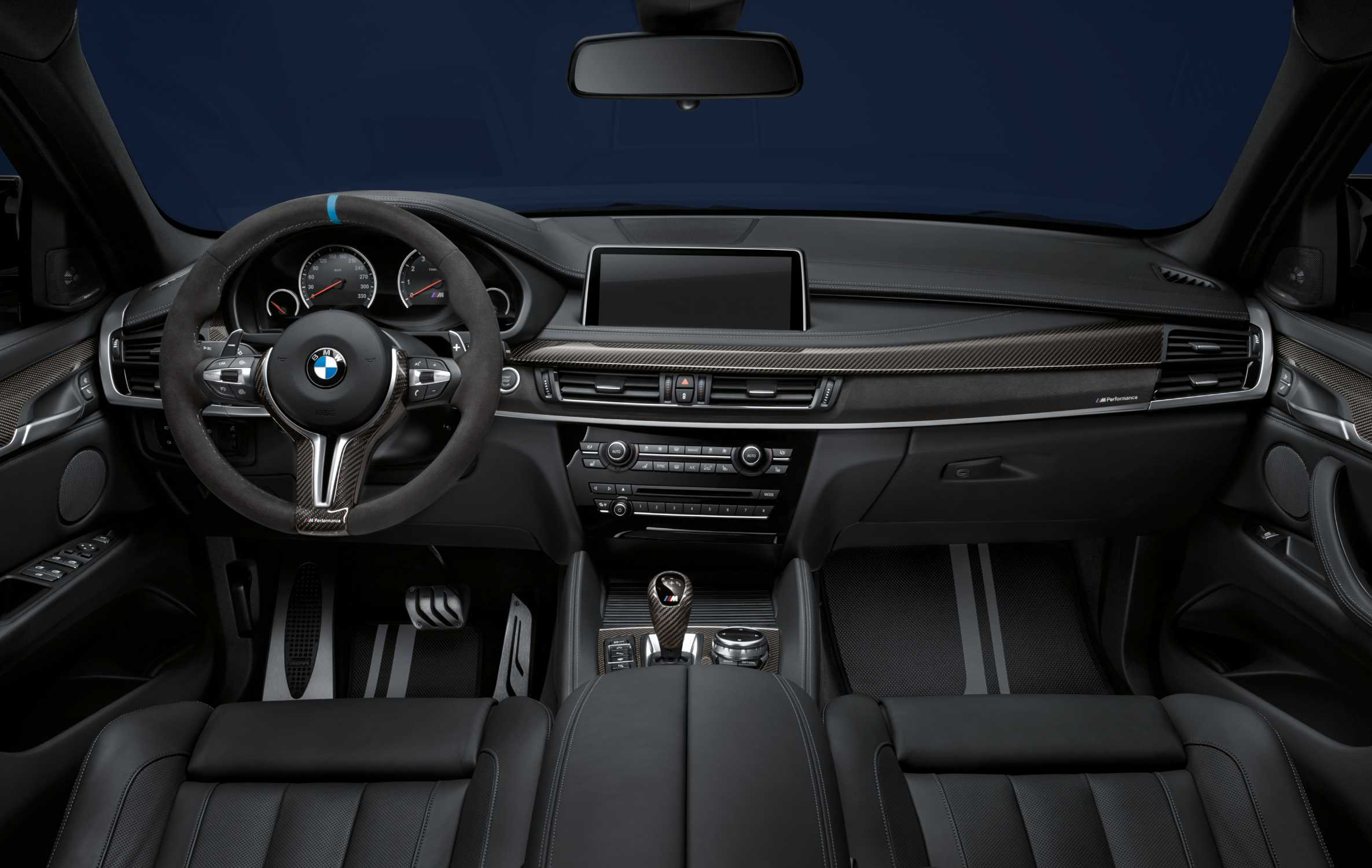 bmw x6 m mit bmw m performance zubeh r lenkrad ii. Black Bedroom Furniture Sets. Home Design Ideas