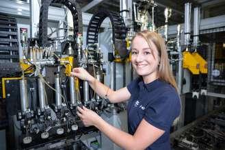 BMW Werk Steyr, Lehrlingsausbildung Maschinenbautechnikerin (01/2015)