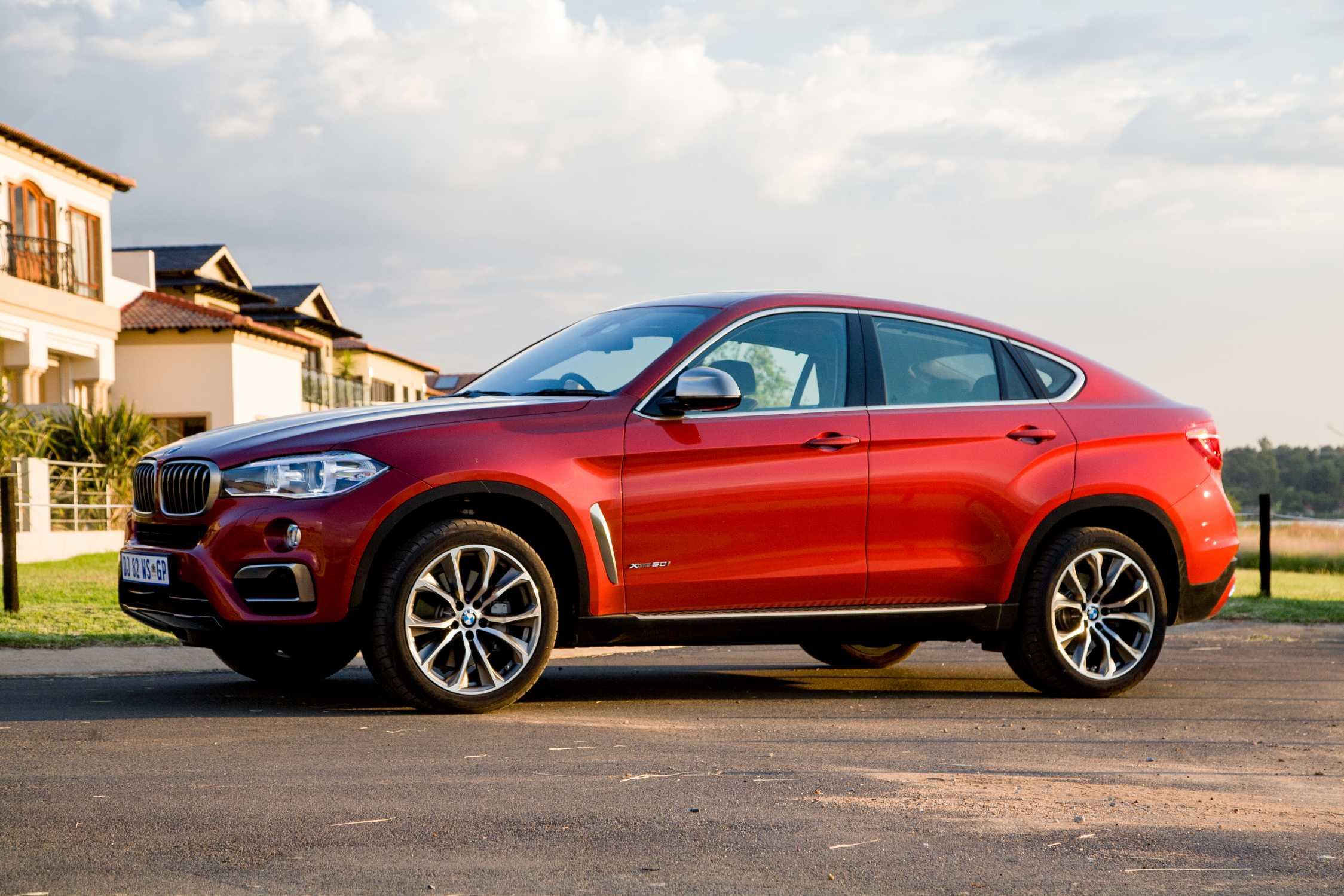 The new BMW X6 now on sale in South Africa (02/2015)