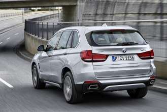 The new BMW X5 xDrive40e.