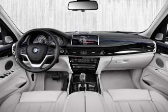 The new BMW X5 xDrive40e. Interior (03/2015).