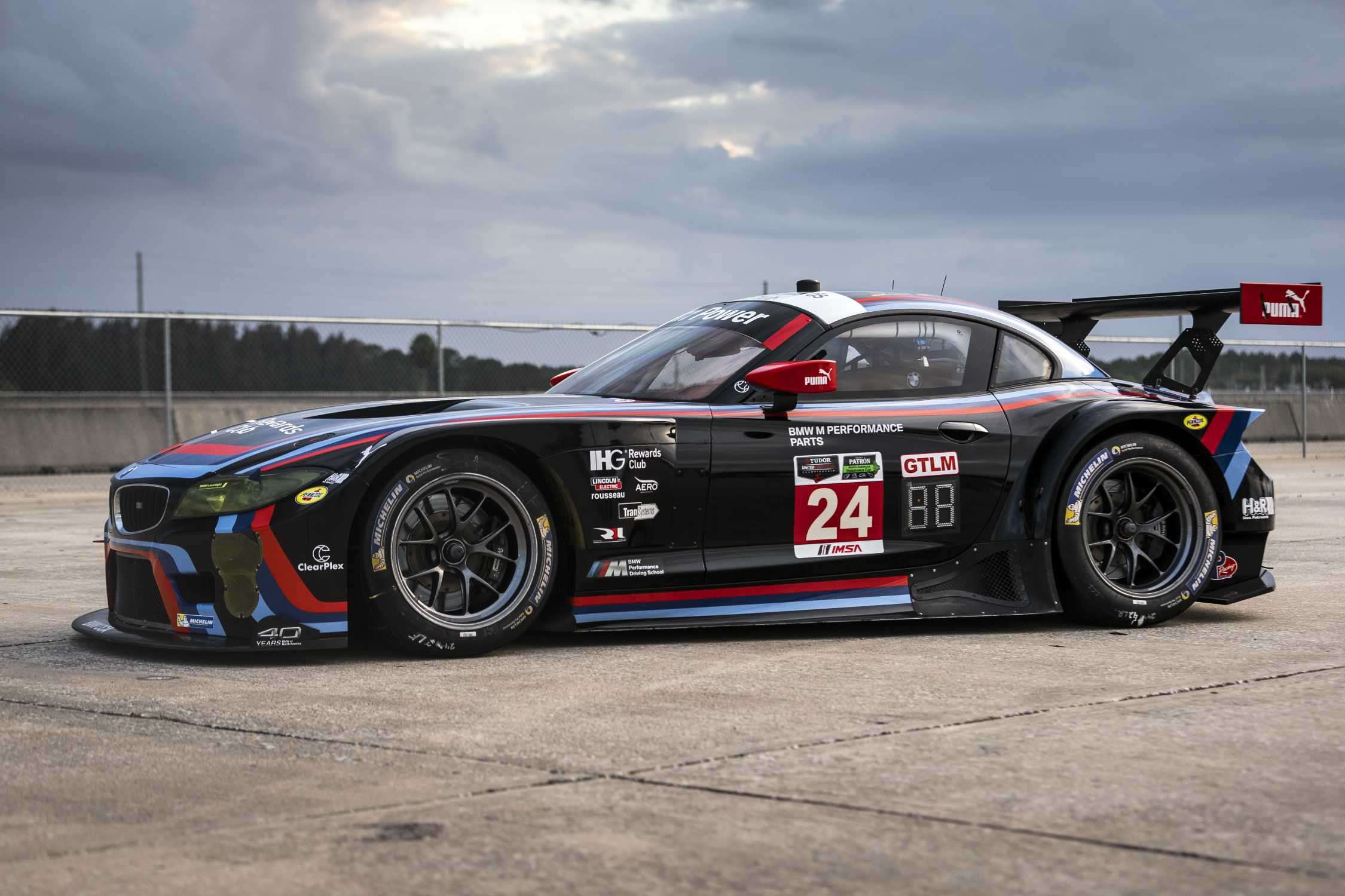 the bmw z4 gtlm raced by bmw team rll debuts with bmw of. Black Bedroom Furniture Sets. Home Design Ideas