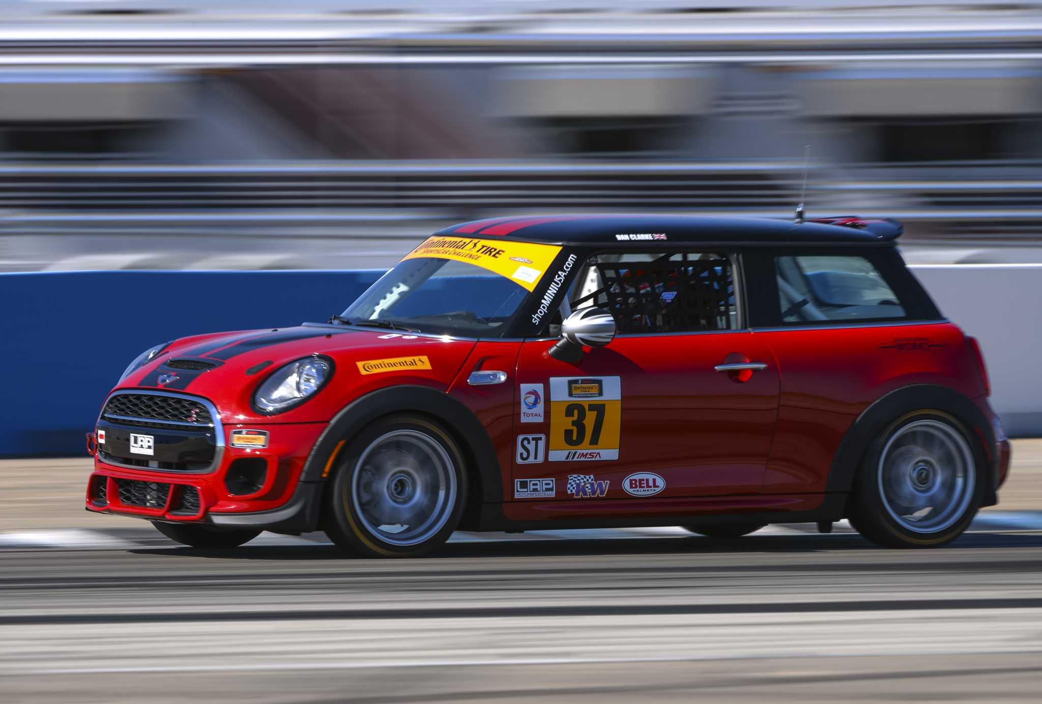 Mini John Cooper Works Team Gears Up For 2016 Imsa Continental Tire