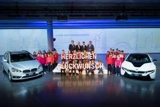 """BMW Group Werk Leipzig: Festakt zu """"10 Jahre BMW Produktion in Leipzig"""" mit Werkleiter Milan Nedeljkovic, Sachsens Ministerpräsident Stanislaw Tillich, BMW Produktionsvorstand Harald Krüger und Leipzigs Oberbürgermeister Burkhard Jung (von links nach rechts). (03/2015)"""