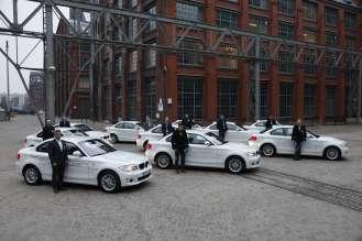 Gesteuertes Laden 3.0 in Berlin: Zehn Pilotkunden bei der Übergabe Ihrer BMW ActiveE. (03/2015)